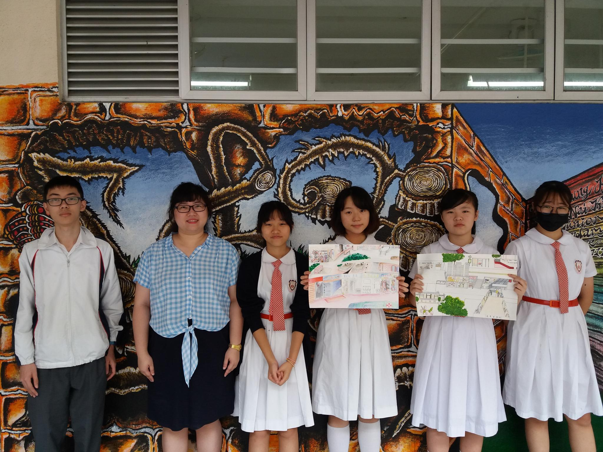"""The """"Community Art Map"""" team members took a group photo after finishing the two """"Community Art Map"""" of Mei Foo."""