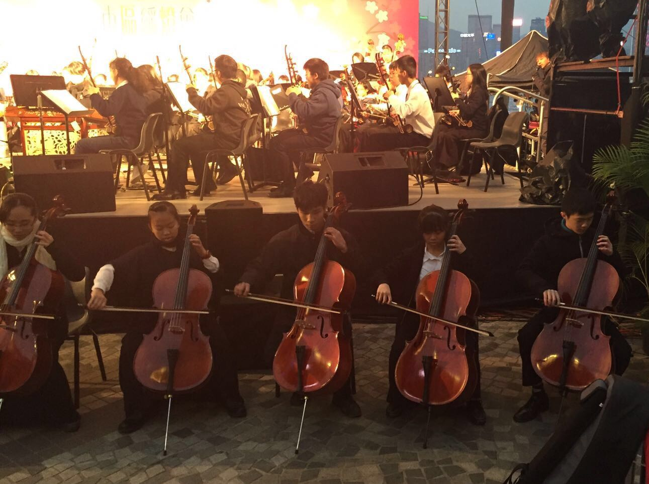 3A Mathra Yip (second right) was playing the cello.