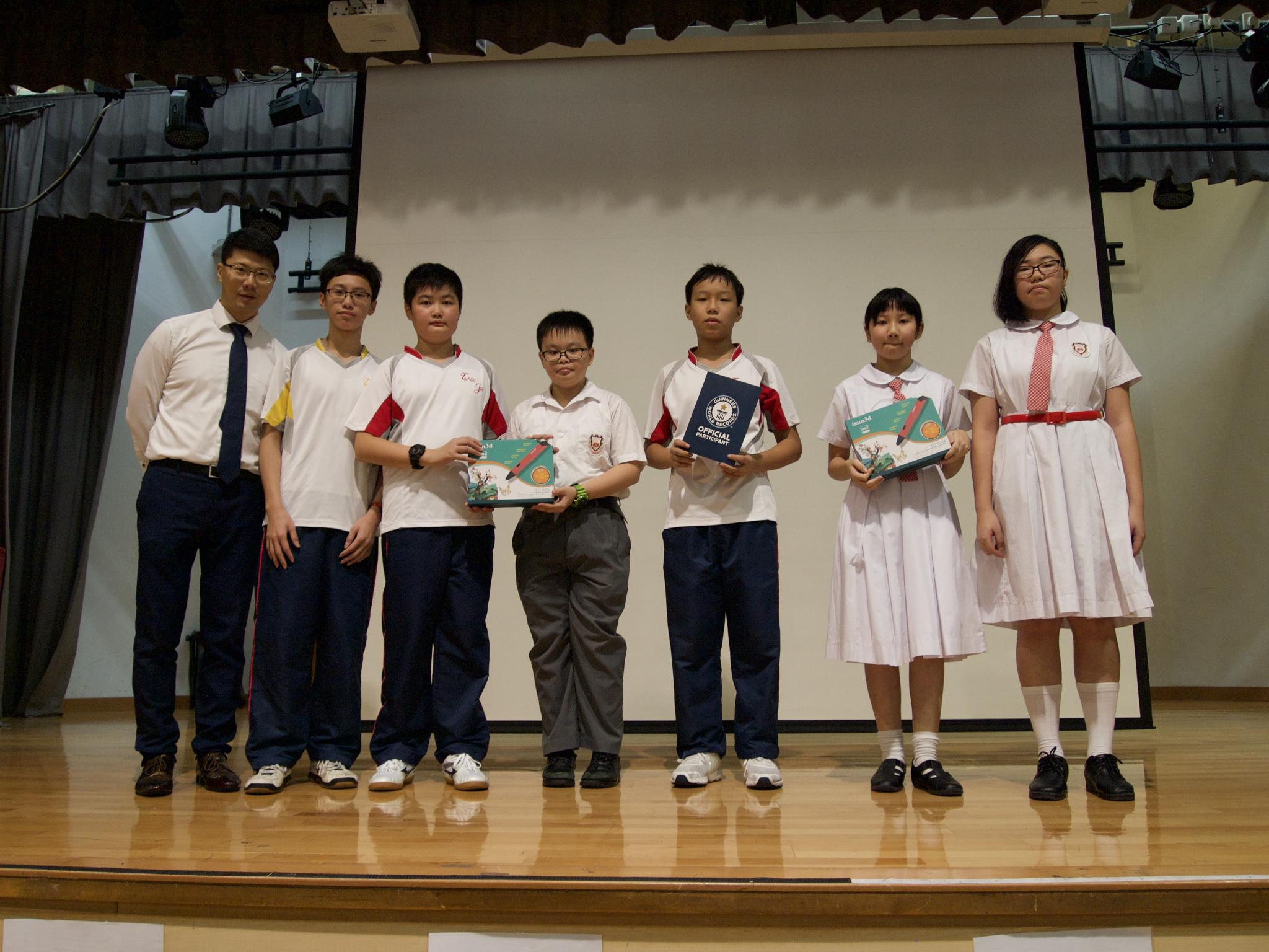 Team A were awarded the 3D printing pens and the certificate of the Guinness World Record by our Principal.